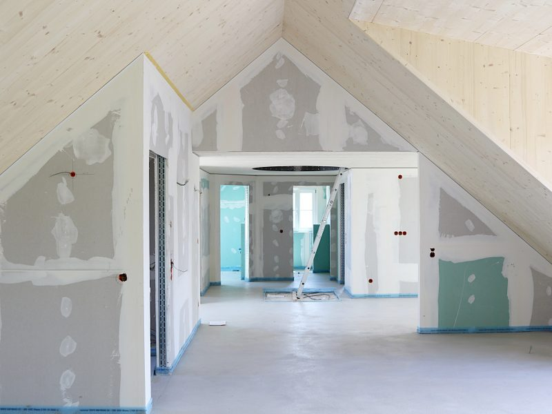Dachraum während der Trockenbauarbeiten